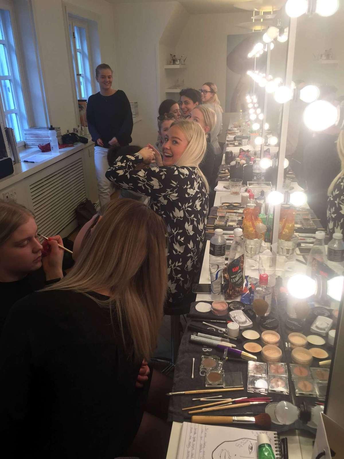 Makeup Artist Uddannelse , Makeup Elev