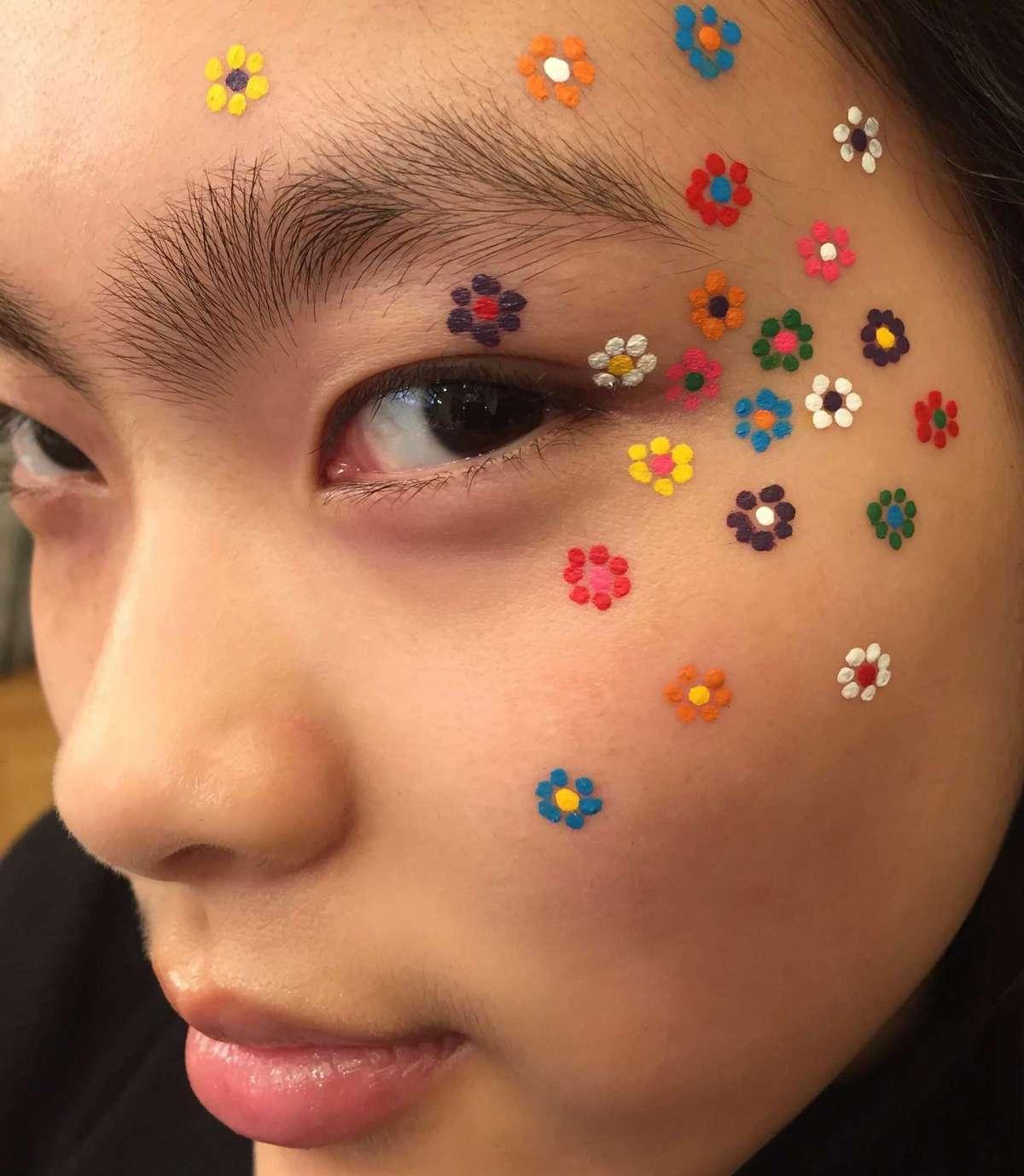 Flower Power DIY, Acrylic Paints , MAC , Makeup Art, Sine Ginsborg , Makeup Artist.